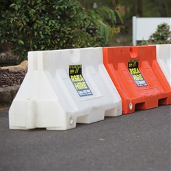 Handi Delineator Barrier