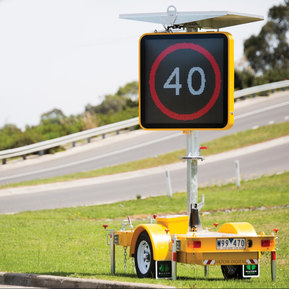 how to change electronic road signs